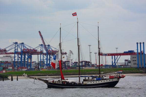 Regina Maris beim 824.Hamburger Hafengeburtstag am 10.05.2013
