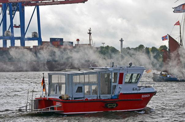 SOSKEN zur Parade Hamburger Traditionsschiffe 2012