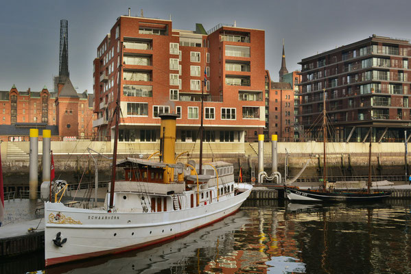 SCHAARHÖRN im Traditionsschiffhafen der HafenCity am 02.12.2013