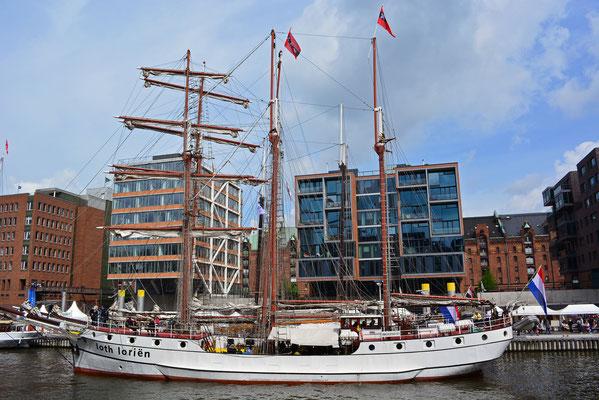 loth lorien zum Hafengeburtstag im Traditionsschiffhafen der HafenCity