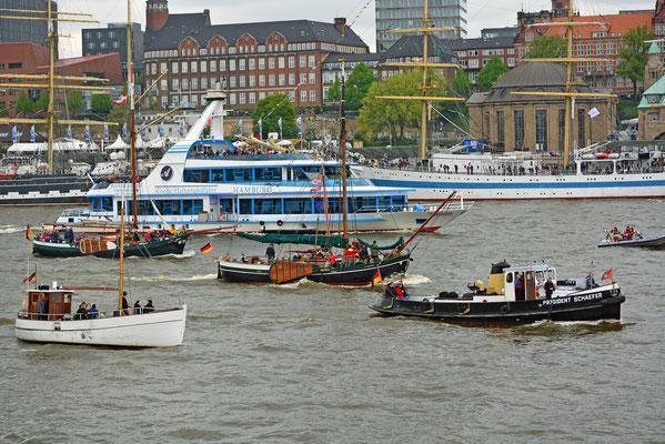 zum 828.Hamburger Hafengeburtstag