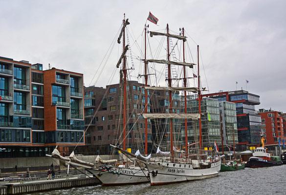 Im Traditionsschiffhafen