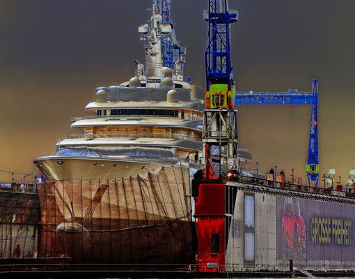Mega-Yacht ECLIPSE im DOCK 11 am 21.02.2015