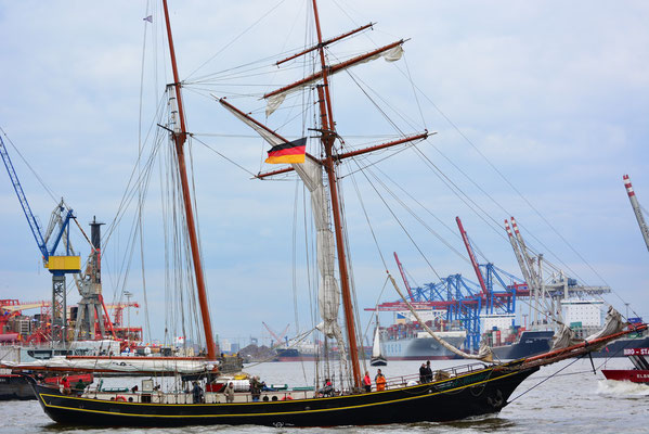 Jacob Meindert beim 824.Hamburger Hafengeburtstag am 10.05.2013