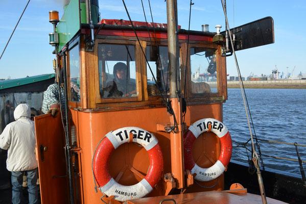 TIGER auf Hafenfahrt am 23.03.2013