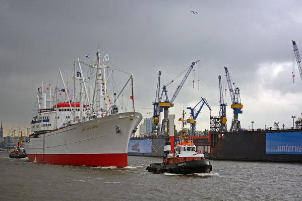 CAP SAN DIEGO zum 825.Hamburger Hafengeburtstag 2014