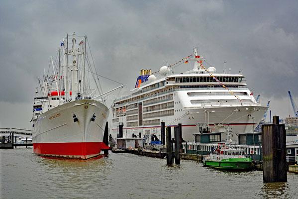 Kreuzfahrtschiffe - 120