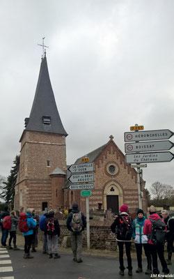 L'église Saint-Pierre de Bois-Guilbert est éclectique 🕍. Du XIIIe siècle, il ne reste que quelques éléments du chevet de l'édifice. La tour-clocher ainsi que la chapelle qui la jouxte sont des ajouts du XVIe siècle.