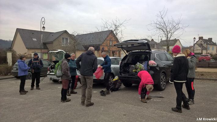 Préparation et départ du parking de la mairie place Maurice Alexandre 🅿🚗😊😉.