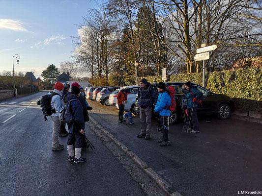 Départ du parking de l'église 🕍 ✝👼 Saint Ouen à Montigny par un bel après-midi de printemps, bon il ne faisait que 5°😂😁😉.