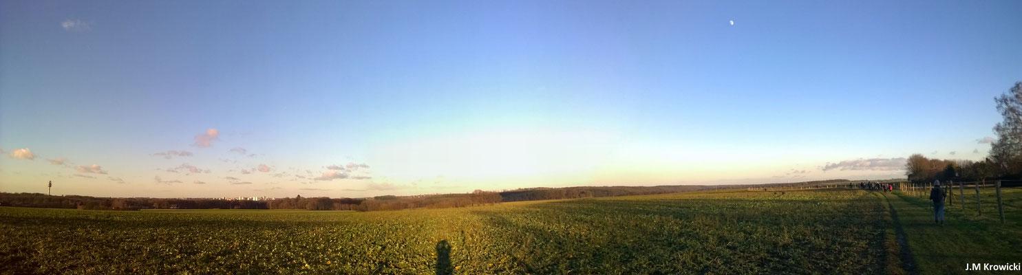 Panorama sur le GR25B avec en fond le plateau de Bonsecours, St Léger Du Bourg Denis et St Jacques Sur Darnétal 📷 😎 👍😉.