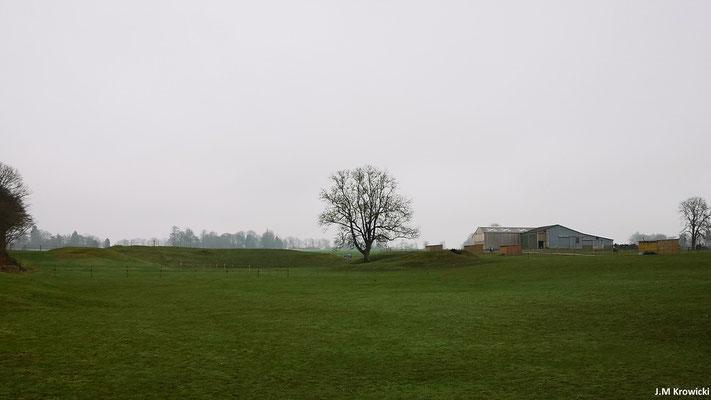 Vue sur les vestiges de l'amphithéâtre gallo-romain 👍😉, pas évident pour un néophyte 😊😉. – St-André-sur-Cailly.