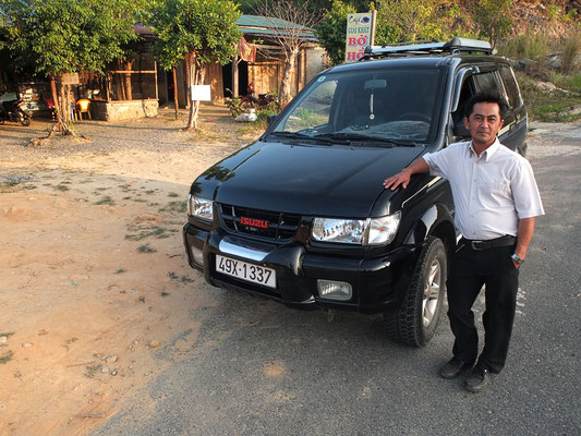 26.01.2013 Huynh mit seinem Izuzu.
