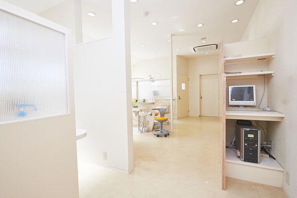 広々とした治療スペース。