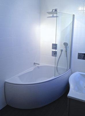 Système encastré ibox Hansgrohe, baignoire Jacob Delafon salle de bains entreprise RG intérieur metz