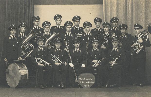 Die erste Uniform 1951