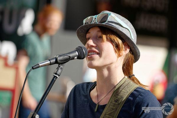 Ami Lyons