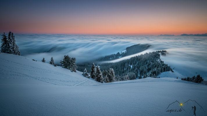 Nebelwelle am Gurnigel 1