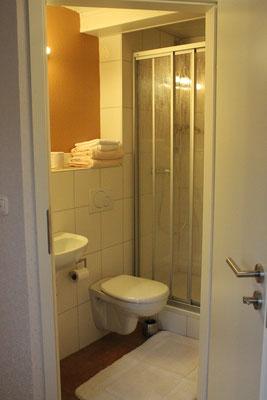 Badezimmer Nummer 8