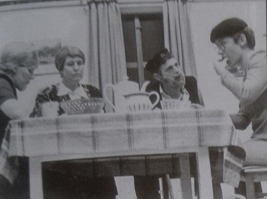 Abendunterhaltung Theatergruppe, 1981