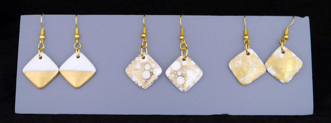 Boucles d'oreilles en porcelaine peinte à l'or fin