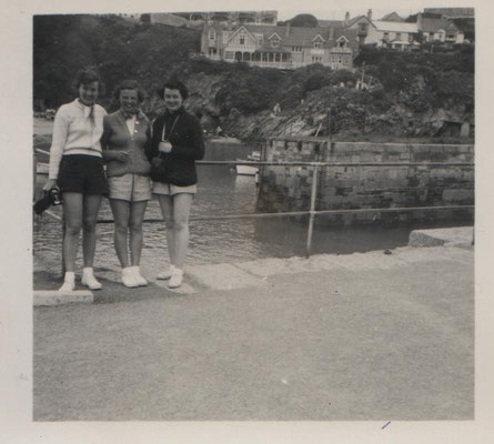 1948 Joan with Pam Reed and another in Monte Carlo