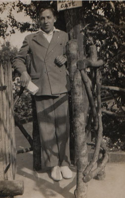JGML collection: unknown man (Jack?) at kissing gate