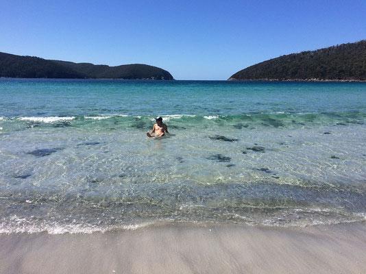 erfrischendes Bad im Meer