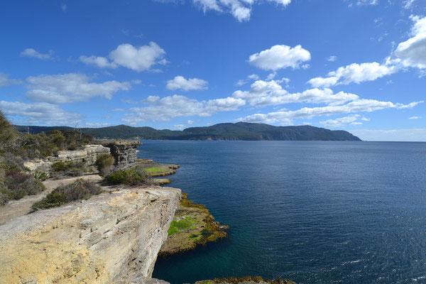 kleine Wanderung zum Tasman Arch und Devils Kitchen