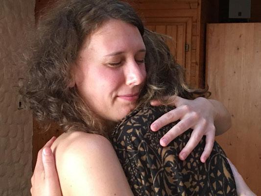 in die weiblichkeit kommen - lima lima - von frauen für frauen - hilfe - academy of aloha