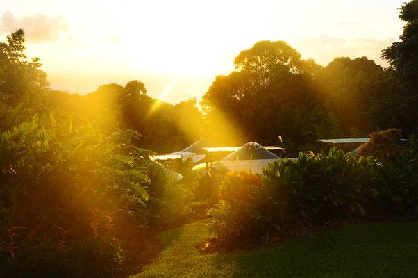 Sonnenaufgang, Sonnenuntergang - Zeige deiner Familie - Hawaii, Maui - Buche unser Center