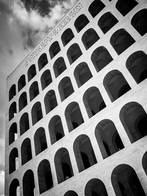 ROMA - COLOSSEO QUADRATO