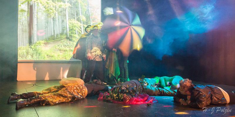 Die Reise in eine geheimnisvolle Welt Theater Kunterbunt 2014