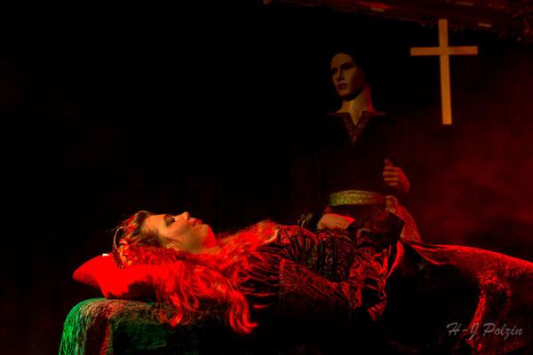 Konzen sehen und sterben Theater Kunterbunt 2016