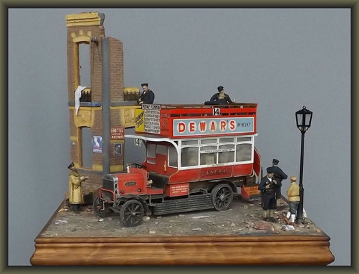 'Fares Please' ; Airfix WWI Old Bill Bus ; Diorama 1/32 ; Completion