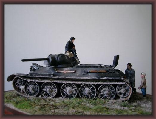 T-34 (STZ) Model 41/42