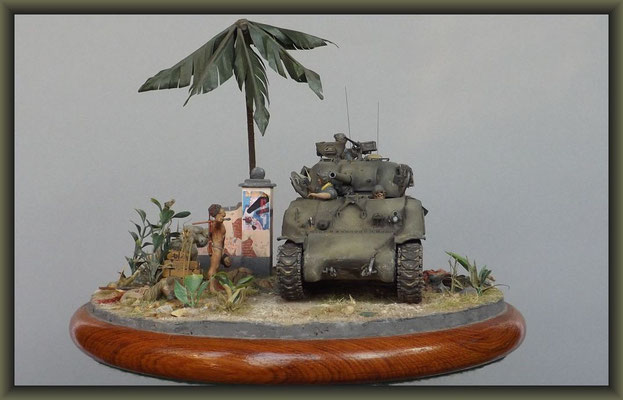Headhunter ; Late M4 Sherman w. Composite Hull ; Diorama 1:35 ; Completion