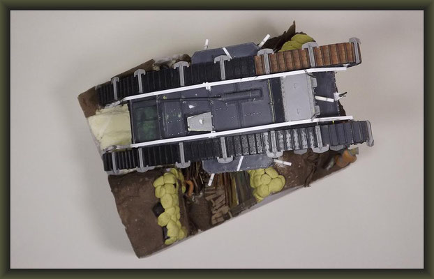 "War of the Worlds, Mk.IV ""Female"" Tank, Emhar, Diorama 1:35"