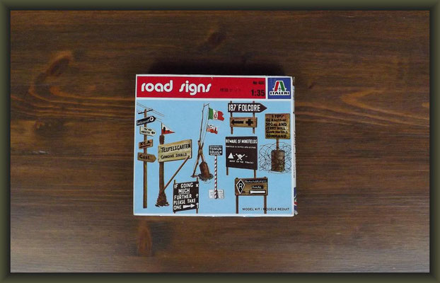 Italeri 403 Road Signs