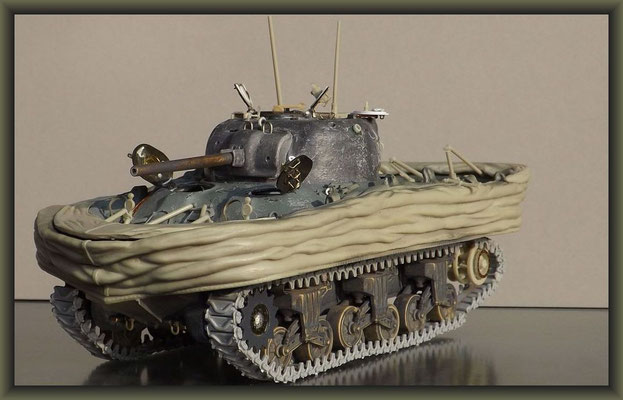 Sherman M4A1 (Large Hatch) DD ; Diorama 1:35 ; 9. Stage