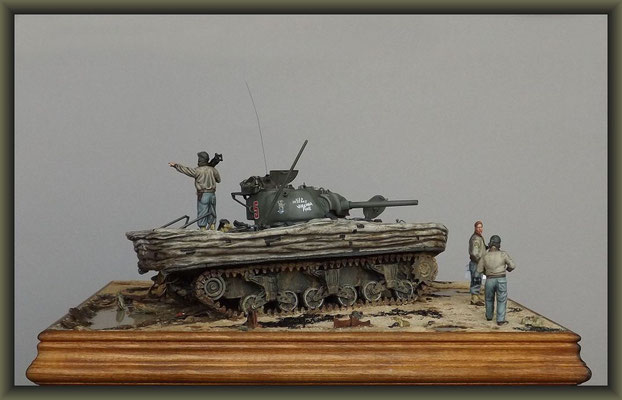 Driftwood ; Sherman M4A1 (Large Hatch) DD ; Diorama 1:35 ; Completion