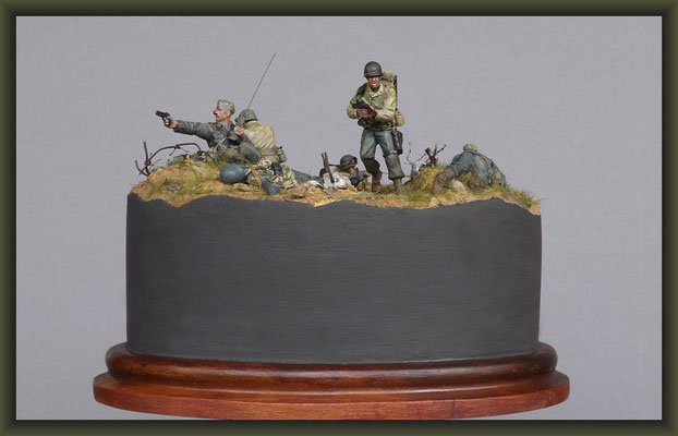 Top Of The Morning, Pointe du Hoc 1944, WWII Vignette 1:35