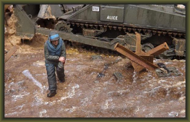 "M4 Sherman Dozer w. Deep Wading Kit / ""Shore Leave"" Diorama 1:35 Completion"