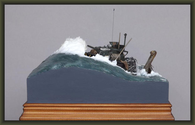 The Shipping News, Sherman V (M4A4) DD, Diorama 1:35