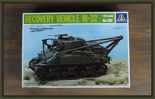Italeri 203 Recovery Vehicle M32