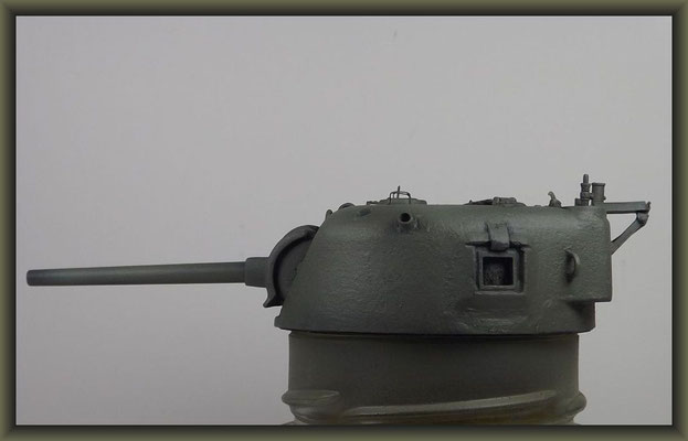 Sherman M4A1 (Large Hatch) DD ; Diorama 1:35 ; 10. Stage