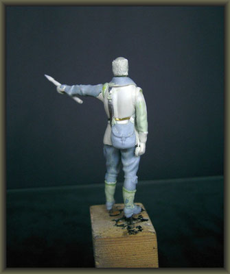 1/32 Figure Conversion ; 2. Stage
