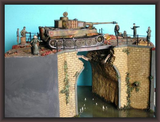 Tiger / Brücke