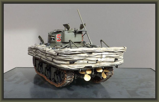 Sherman M4A1 (Large Hatch) DD ; Diorama 1:35 ; 11. Stage