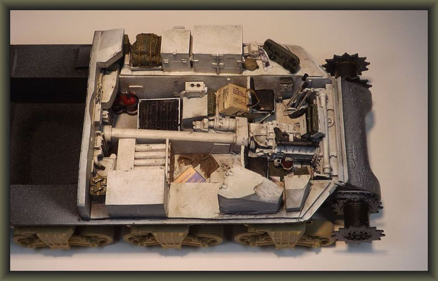 Sherman M4A1 (Large Hatch) DD ; Diorama 1:35 ; 5. Stage